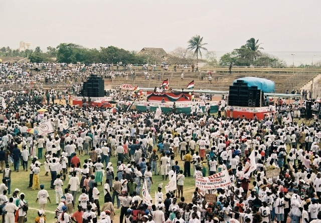 Read more about the article Retro Travel Photo – Before We Grew Up: Election rally in Accra, Ghana, West Africa