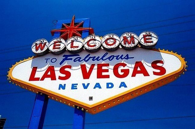 Read more about the article Enjoying the Vegas Nightlife