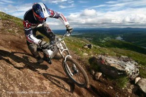 Read more about the article Why you owe it to yourself to try downhill biking