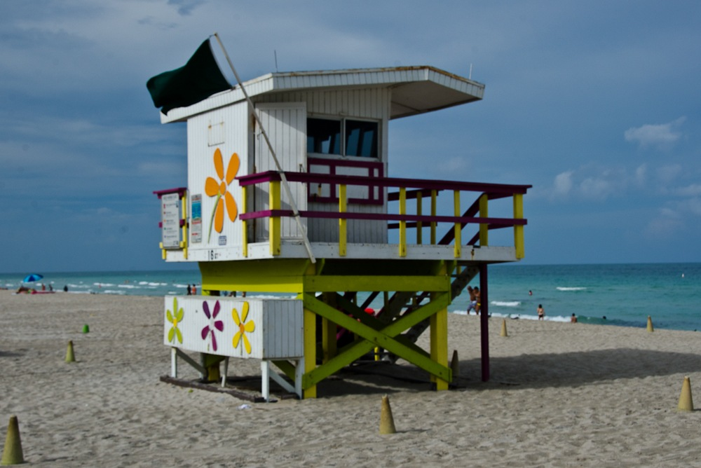 Read more about the article Grown-up Travel Guide Daily Photo: Lifeguard station, Miami Beach, USA