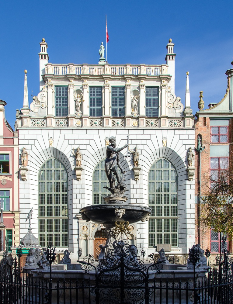Read more about the article Grown-up Travel Guide's Best Photos: Neptune Fountain, Gdansk, Poland