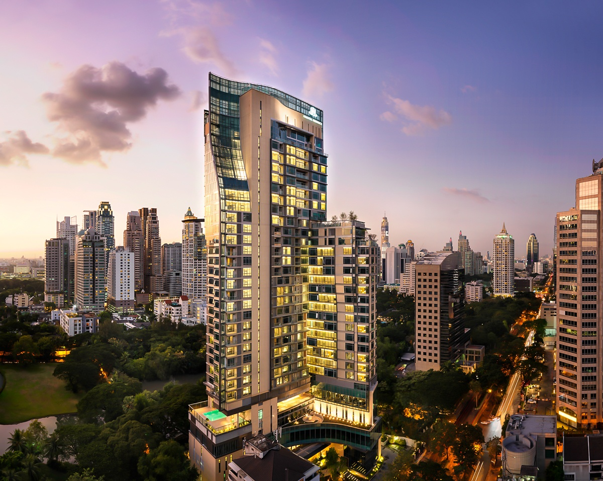 Read more about the article Hotel Review – Oriental Residence, Bangkok, Thailand