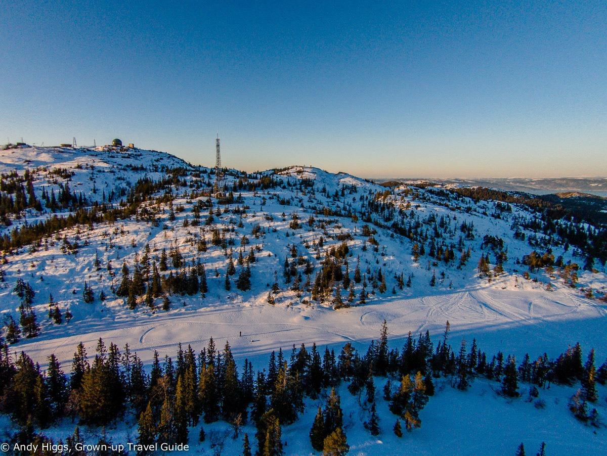 Read more about the article Aerial Video: Winter flight over Graakallen, Trondheim, Norway