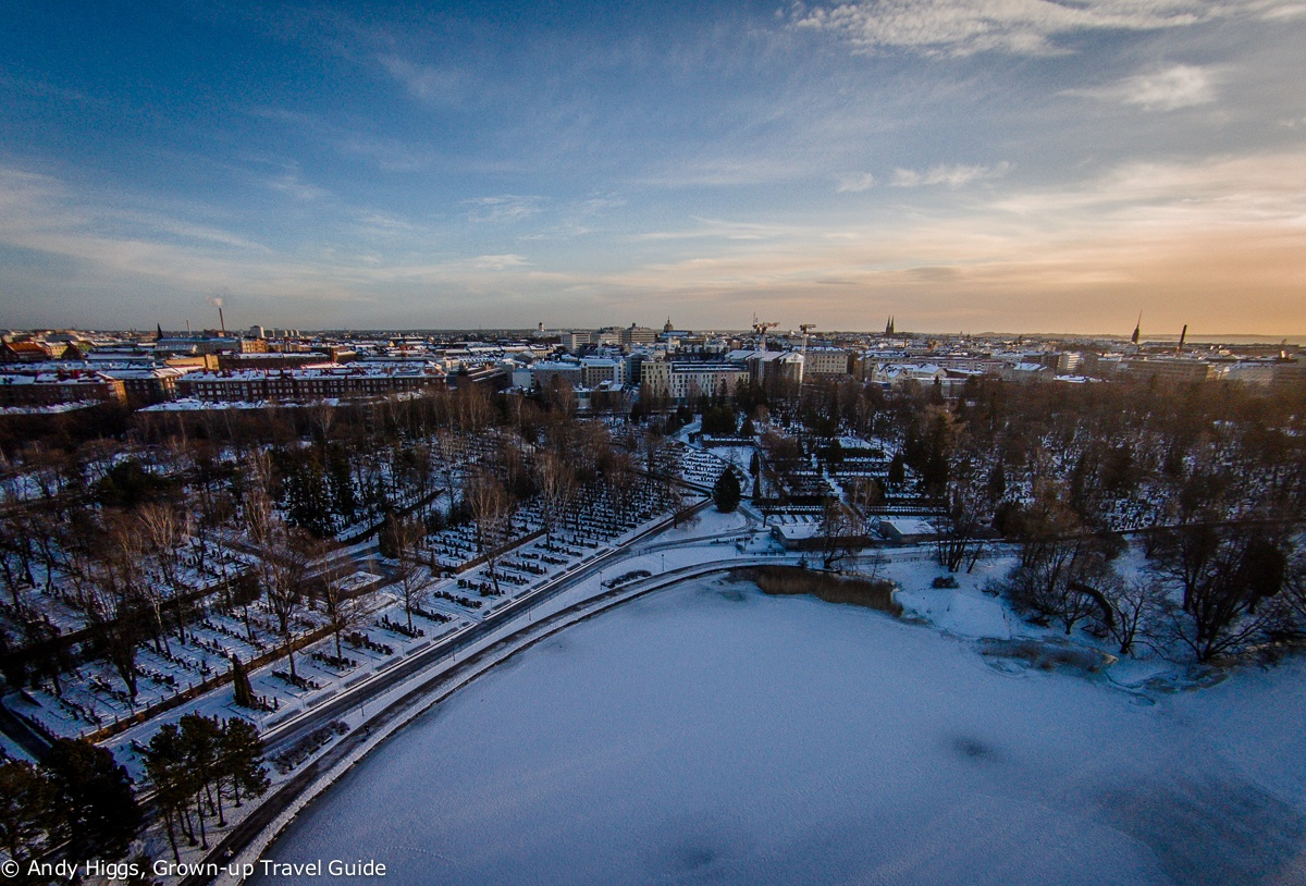 Read more about the article Aerial Video: Hietaniemi Cemetery, Helsinki, Finland in winter