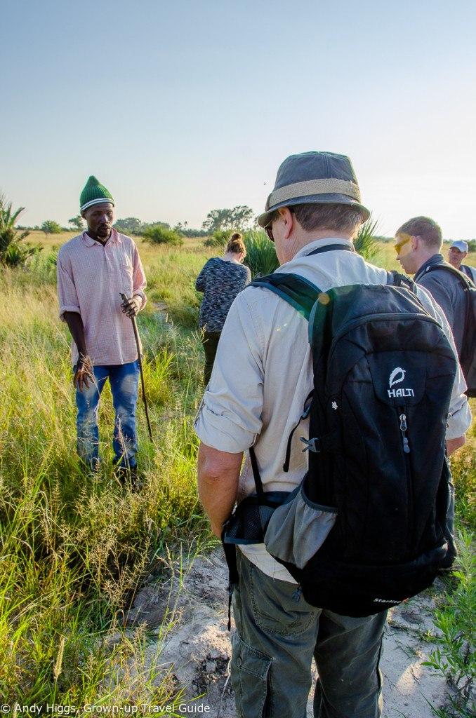 Guided tour, poler explaining