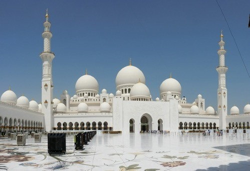 You are currently viewing Why Abu Dhabi is More than a Stopover City