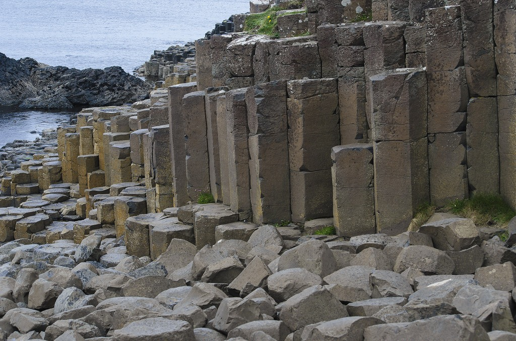 Read more about the article The Giant's Causeway And Other Amazing Northern Ireland Attractions