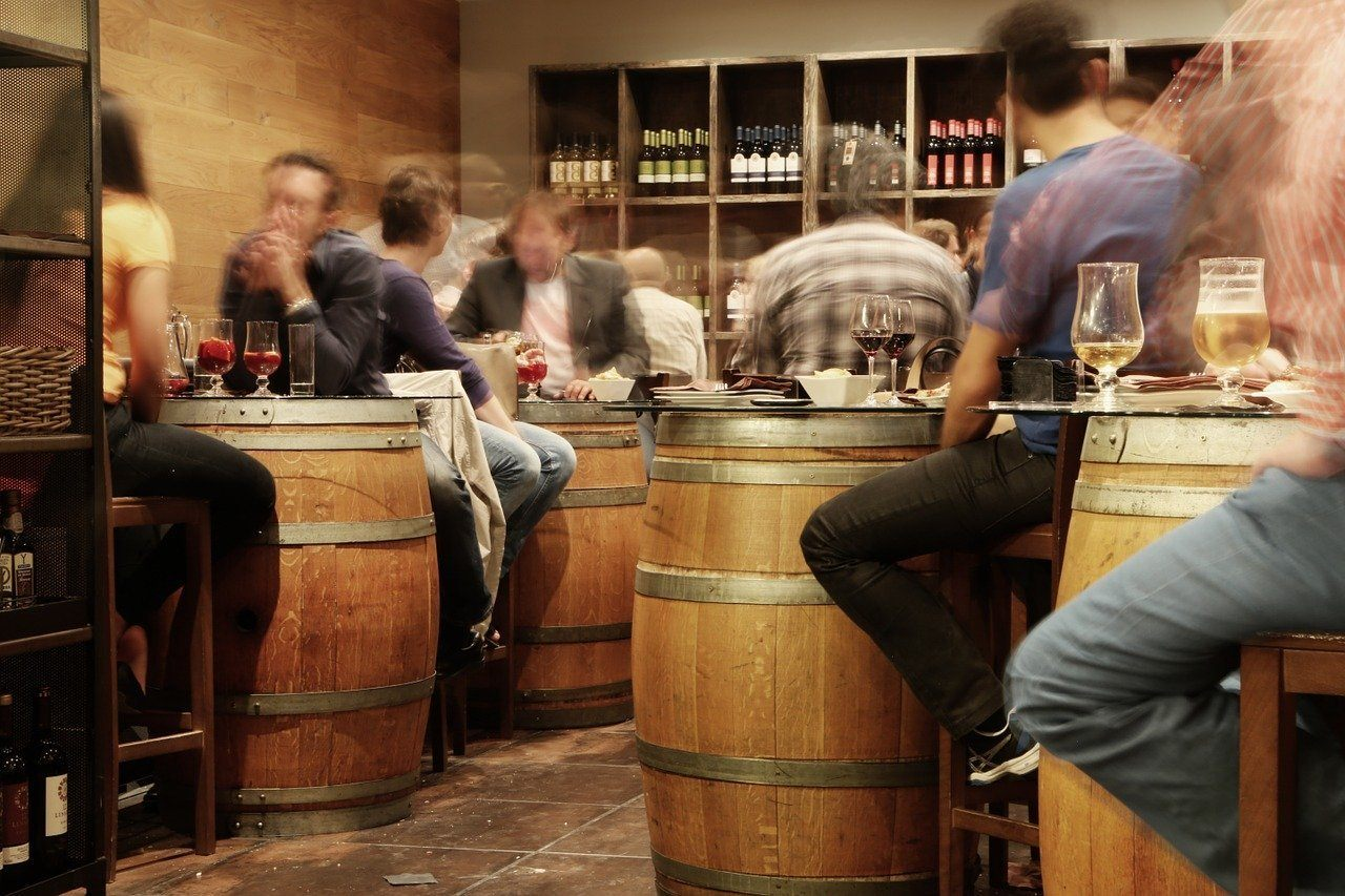 You are currently viewing Top 5 Must-Visit Wine Bars in Europe