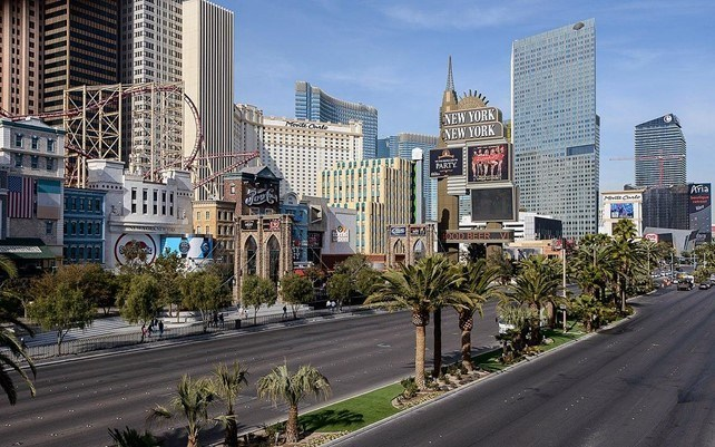 Read more about the article Five Las Vegas Attractions You Have To See