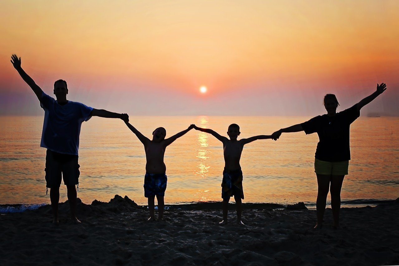 Read more about the article 3 Reasons To Have A Family Holiday