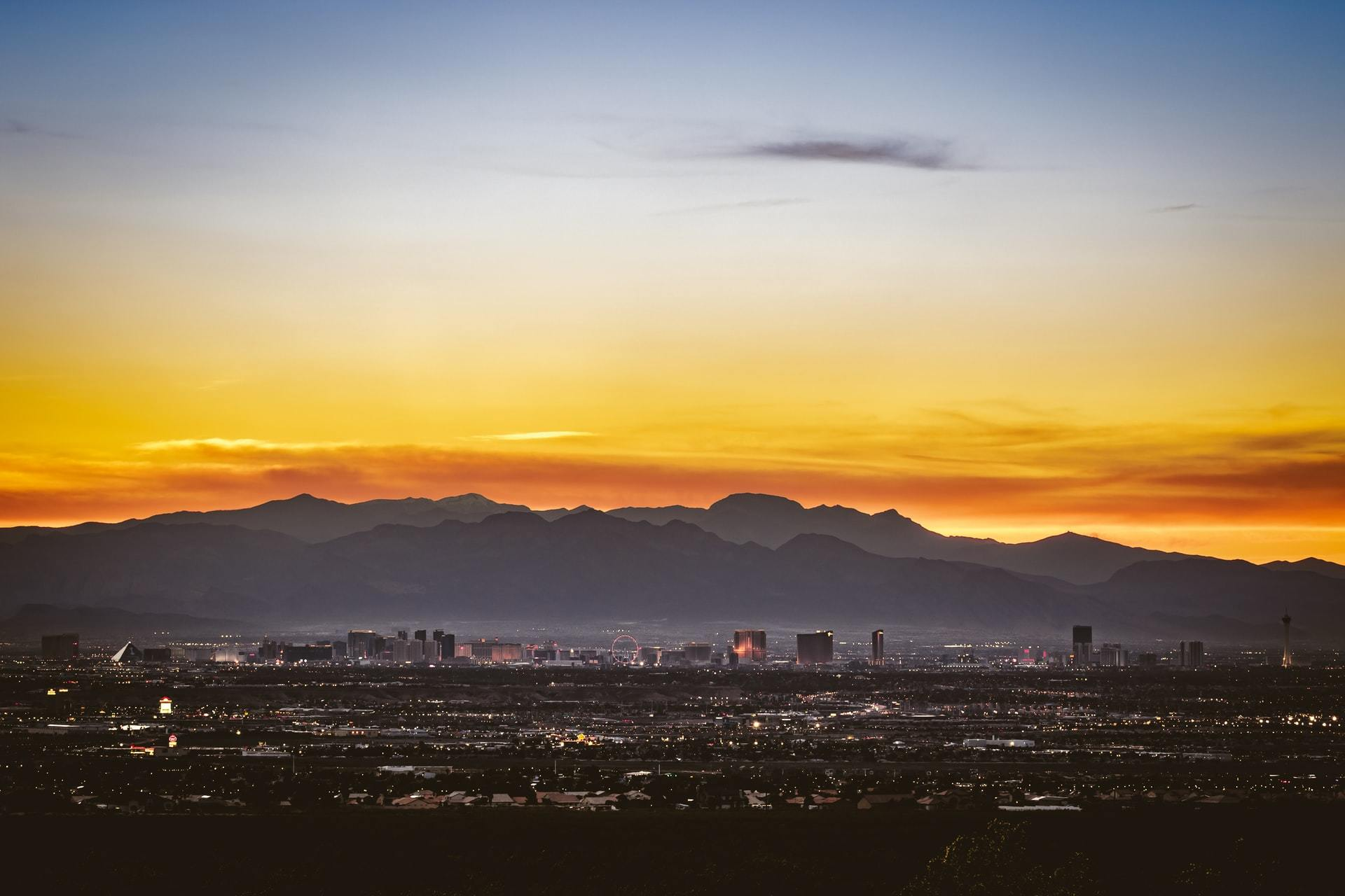 Read more about the article Why Does Las Vegas Attract So Many Travellers?