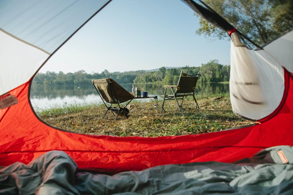 Read more about the article Top 14 Necessities for Off the Grid Camping